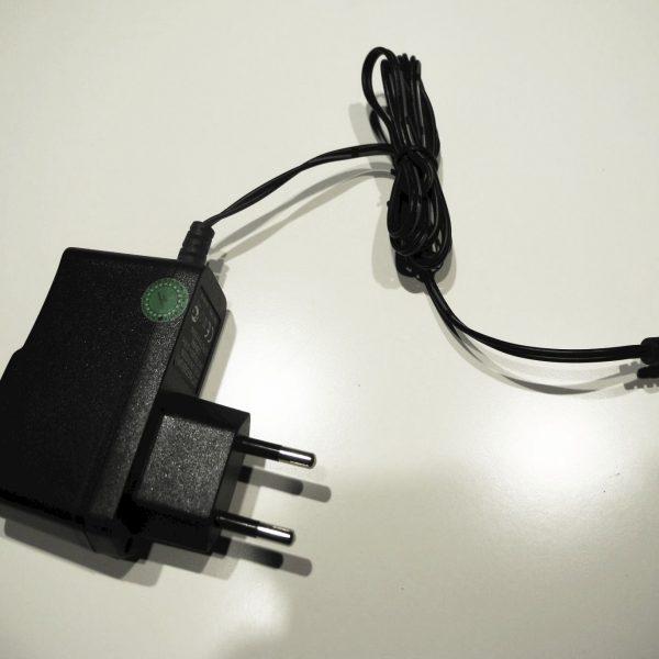 Adapter UPA-5V0500MA