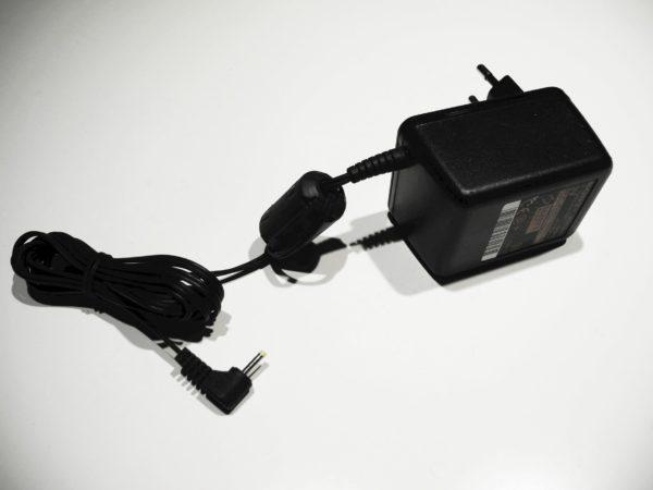 Sony AC-ET305K2