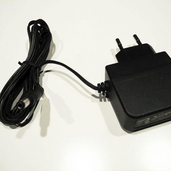Adapter AD-050200-EU
