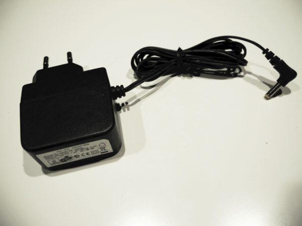 Adapter E-AWB135-090E