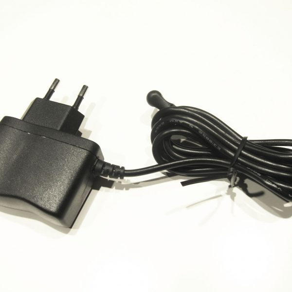 Adapter SW013US-0500100EU