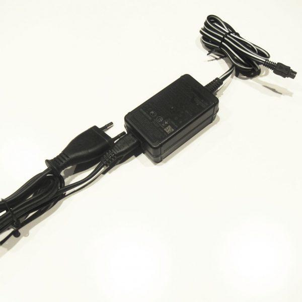 Sony AC-L200C