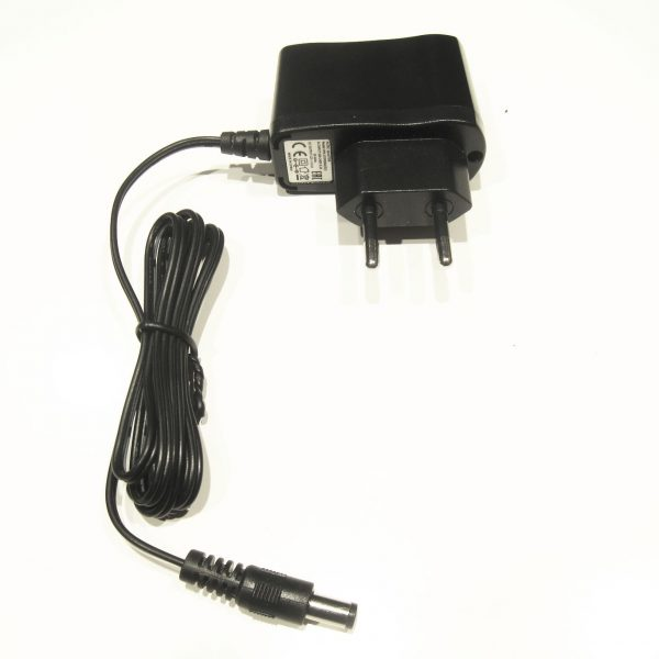 Adapter UPA-12V0500A(EU)