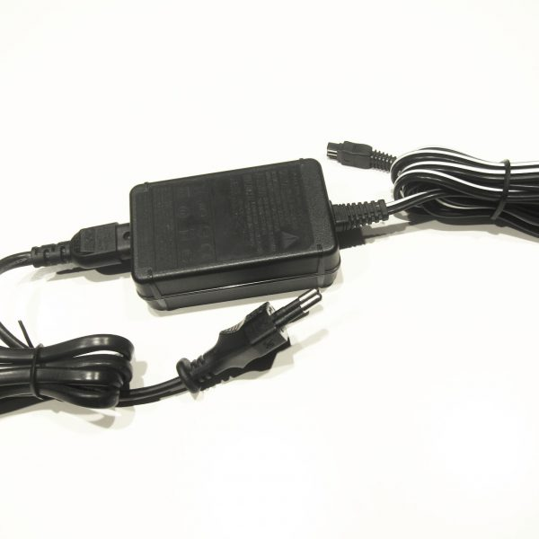 Sony AC-L200D