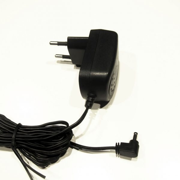 Adapter S004LV0600030
