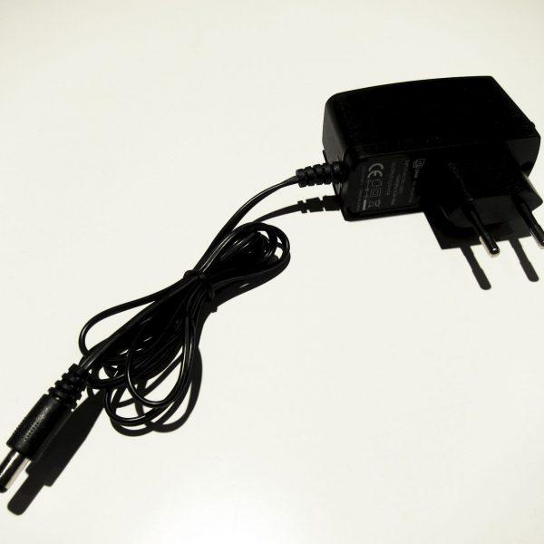 SNR adapter 12V 1A
