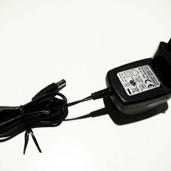 Adapter D28V0600100
