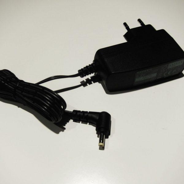 Sony AC-E5212